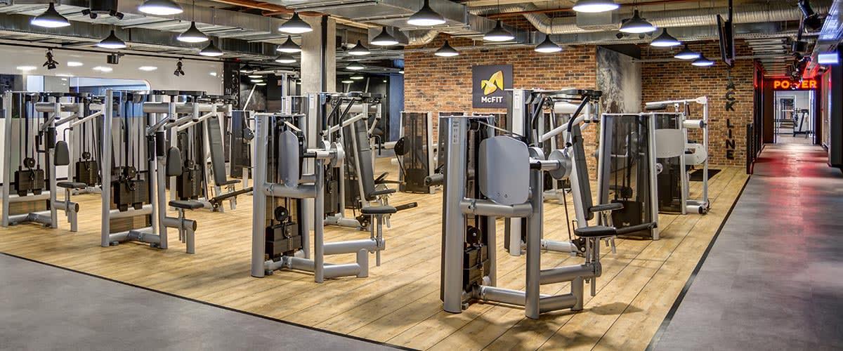 Mcfit Hannover : Koln Fitnessstudio Offnet Nach Corona